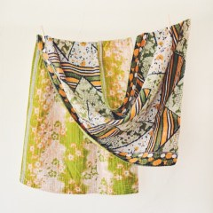 Hand & Cloth  (1)
