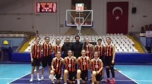 İzmit Belediyespor – Dostluk Spor Kulübü Karşılaşması