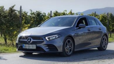 Photo of Mercedes-Benz A: Sijoča zvezda na cesti