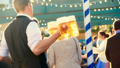 Photo of Na Oktoberfestu pivo teklo v potokih