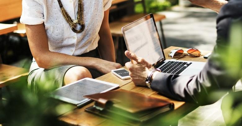 Katere so prednosti dela izven klasične pisarne?