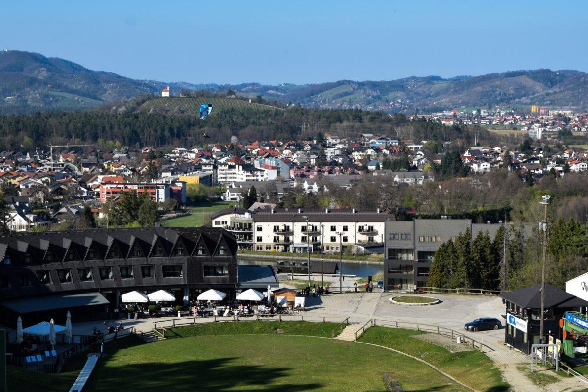 Maribor, legenda, legende, dravska roča, dravi, tri kače, Podvodna dekleta, Radvanjska pastorka in bela žena, Areh