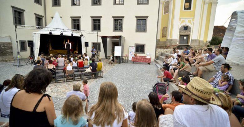 Poletni lutkovni pristan, lutke, Maribor
