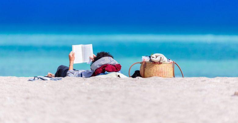 roman, Kmetica, recenzija, recenziji,