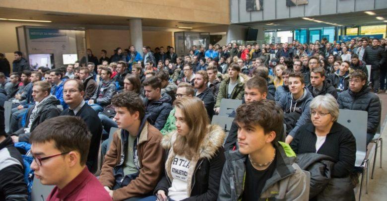 uvajalni teden, bruc, brucka, študenti, UM, Univerza v Mariboru, Obvezno, študij,