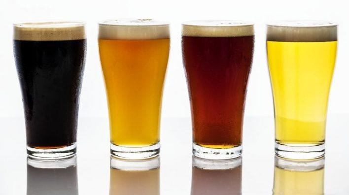 https://pixabay.com/photos/beer-chopp-happy-hour-drink-cold-2218900/