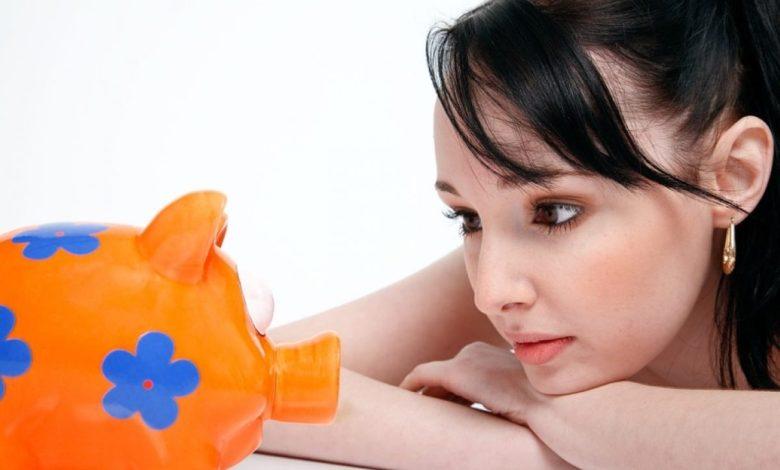 varčuješ, škis, varčevanje, malica, investirati, denar, Slovenci, hrana