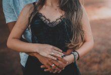 Photo of Telesna govorica: kako lahko ugotoviš, če je partnerju še kaj do tebe?