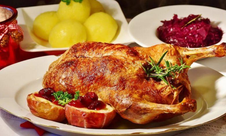 prenajedanje, december, hrana, prazniki, alkohol, , Božič, zdravje
