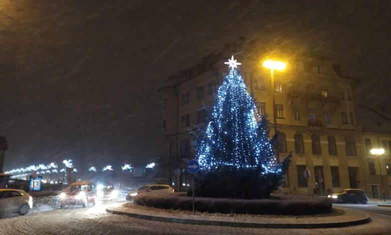 Koncerti, Maribor, drsanje, drsališče, Maribor decembra, Trg Leona Štuklja, Čarobni december na Trgu Leona Štuklja, kuhanček, kuhano vino