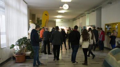 Photo of Hitri razgovori z delodajalci na 7. karierni tržnici v živo na UM
