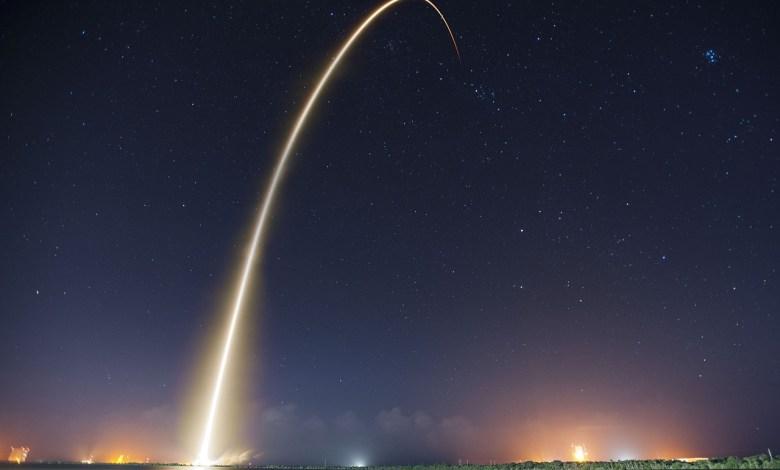 SpaceX luna