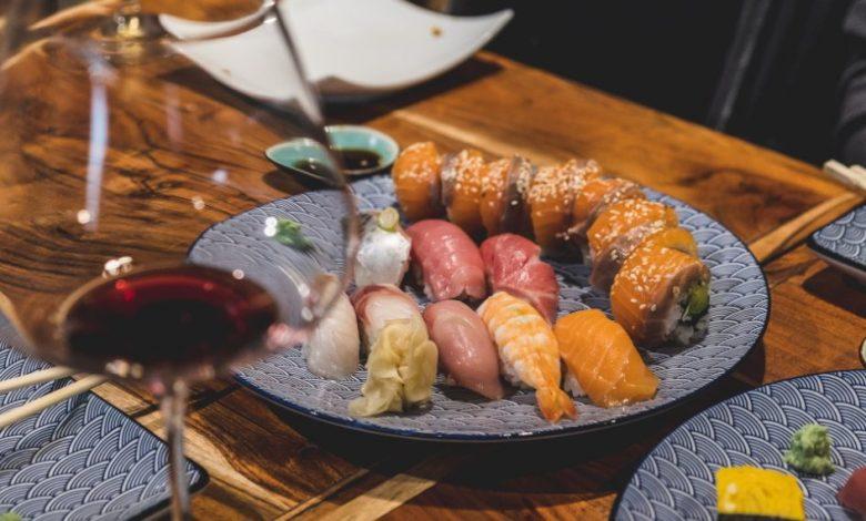 suši, Mala kuhna, umami, riba, riž, kako narediti suši, izdelava sušija, recept za suši, kateri riž se uporablja za suši, katero ribo uporabiti za suši, suši riba, suši riž, harmonija okusov, paleta okusov