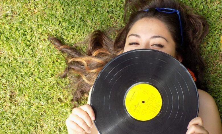 vinilk, RIAA, Spotify, Apple Music, Amazon, ZDA,