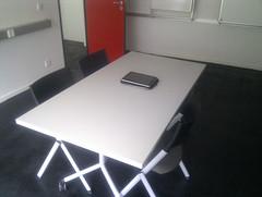 Raum mit iPad, auf dem die Lernerlebnisse bei Soundcloud gespeichert werden sollen