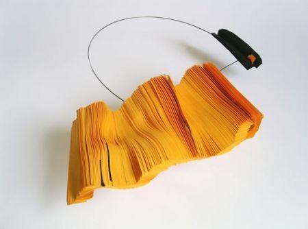 daniele-papuli-collana-estesa-2007 foto presa da moda pourfemme