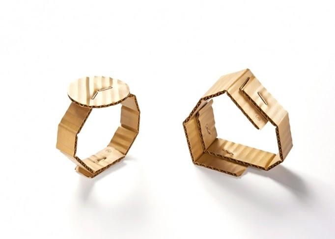 david-bielander-cardboard-bracelets-foto presa da designboom-500-818x584