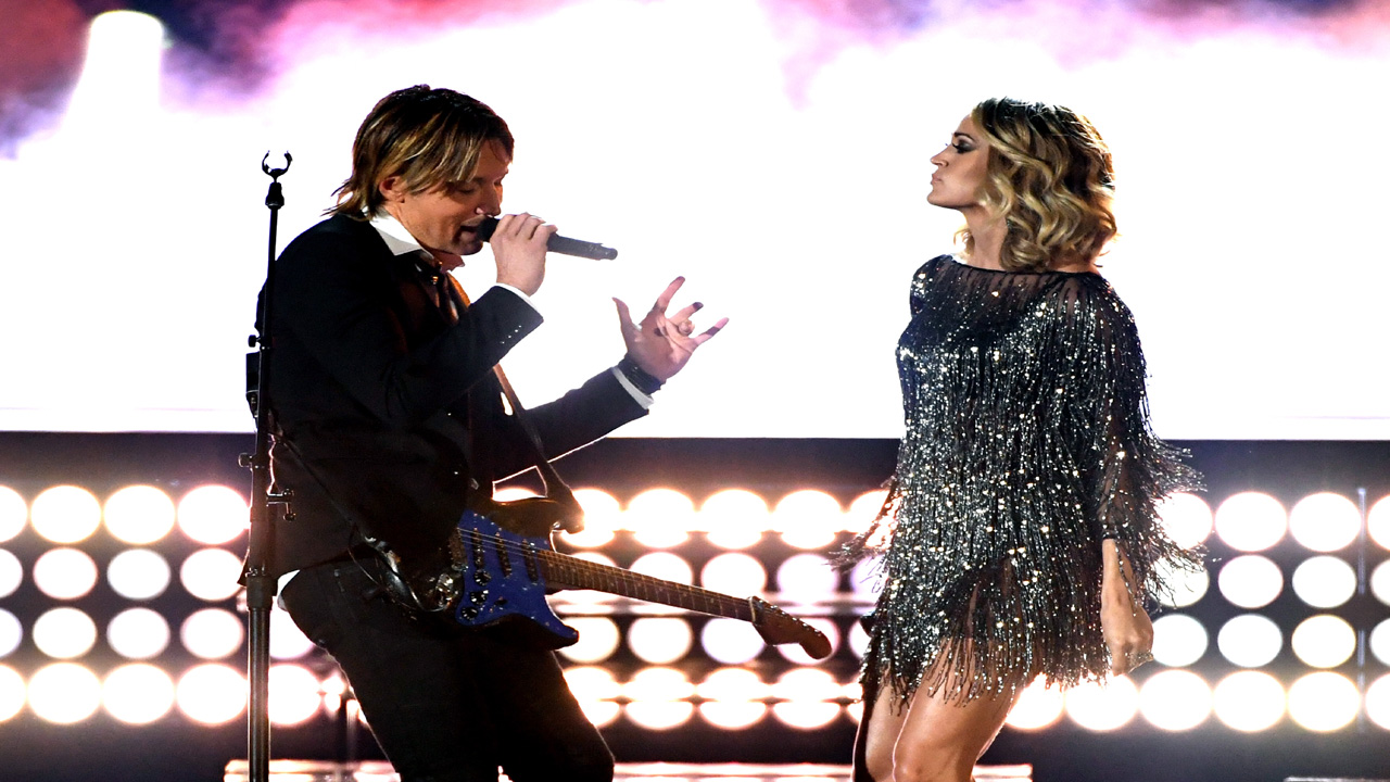 Keith Urban and Carrie Underwood CMT36580264-159532