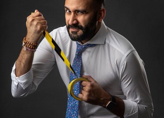Arjun Ahluwalia pulling measuring tape! Photo by Veronika Stuksrud