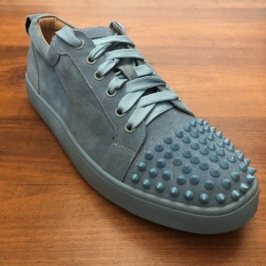 Christian Louboutin Louis Junior Spikes cyan Flat Suede Sneakers
