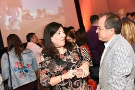María Teresa Olavarrieta, sales manager Aviareps y Alexis Barriga, jefe de ventas servicios terrestres Travel Security