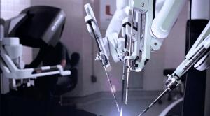 Sistema chirurgico robotico Da Vinci Xi