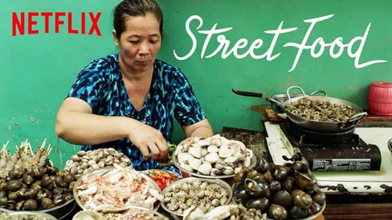 Street Food อิ่มริมทาง