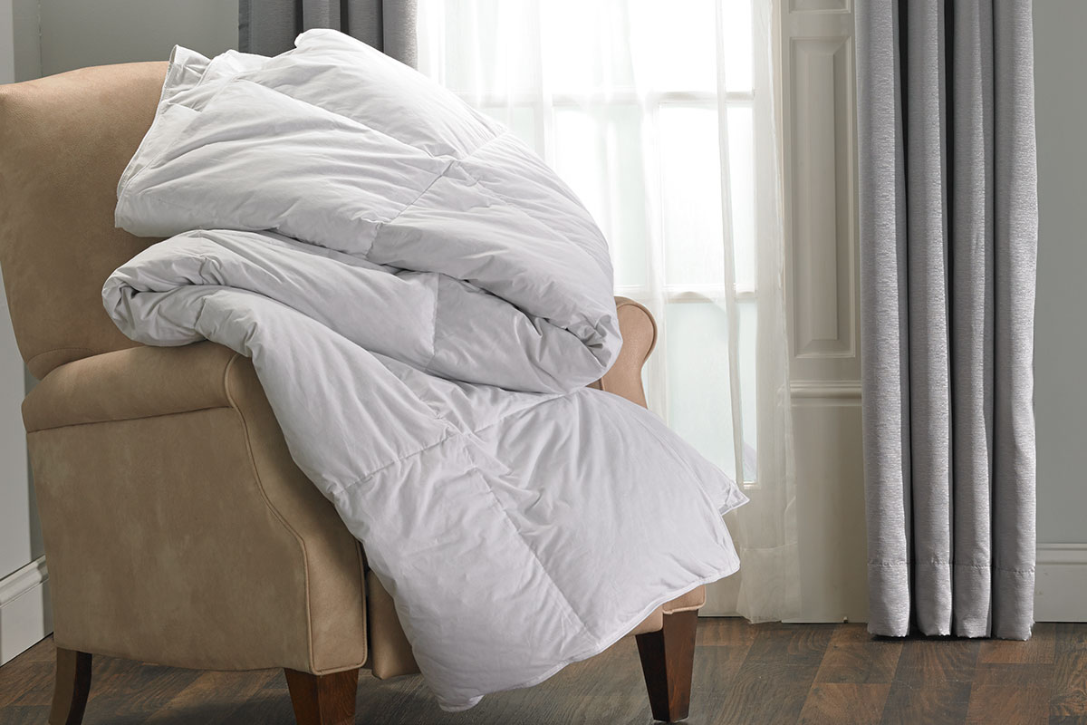 Down Duvet Comforter  DoubleTree at Home Hotel Store