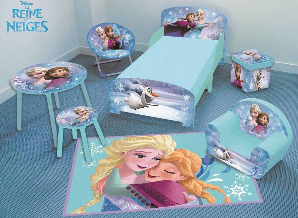 https www doudouplanet com fun house tapis reine des neiges 80x120 cm 29861 html