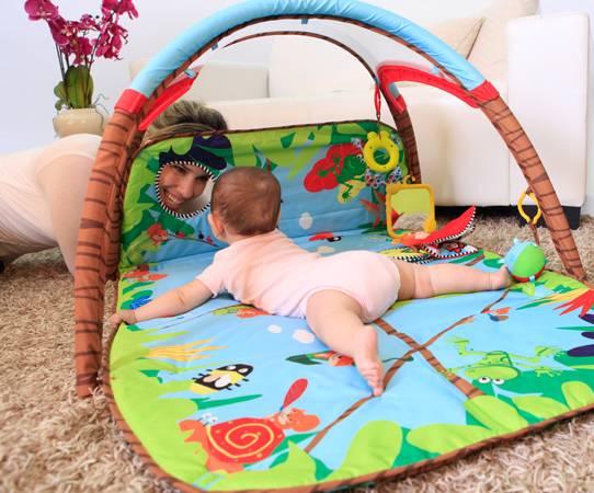 tiny love tapis d eveil gymini developlace livraison gratuite 24 48h