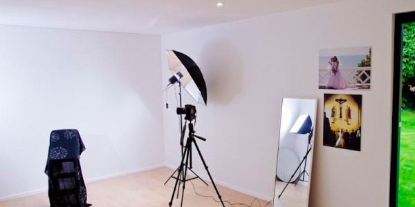 Doug's Studio, a purpose built studio space for teaching, workshops, portraits and more.