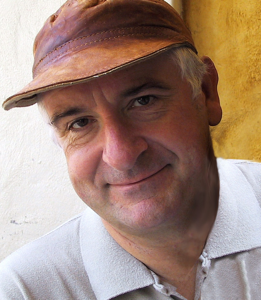 Douglas Adams, photo by Chris Ogle; DouglasAdams.com