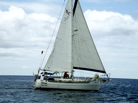 vatna-sailing-boat450