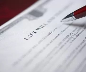 How are Wills and Trusts Different?