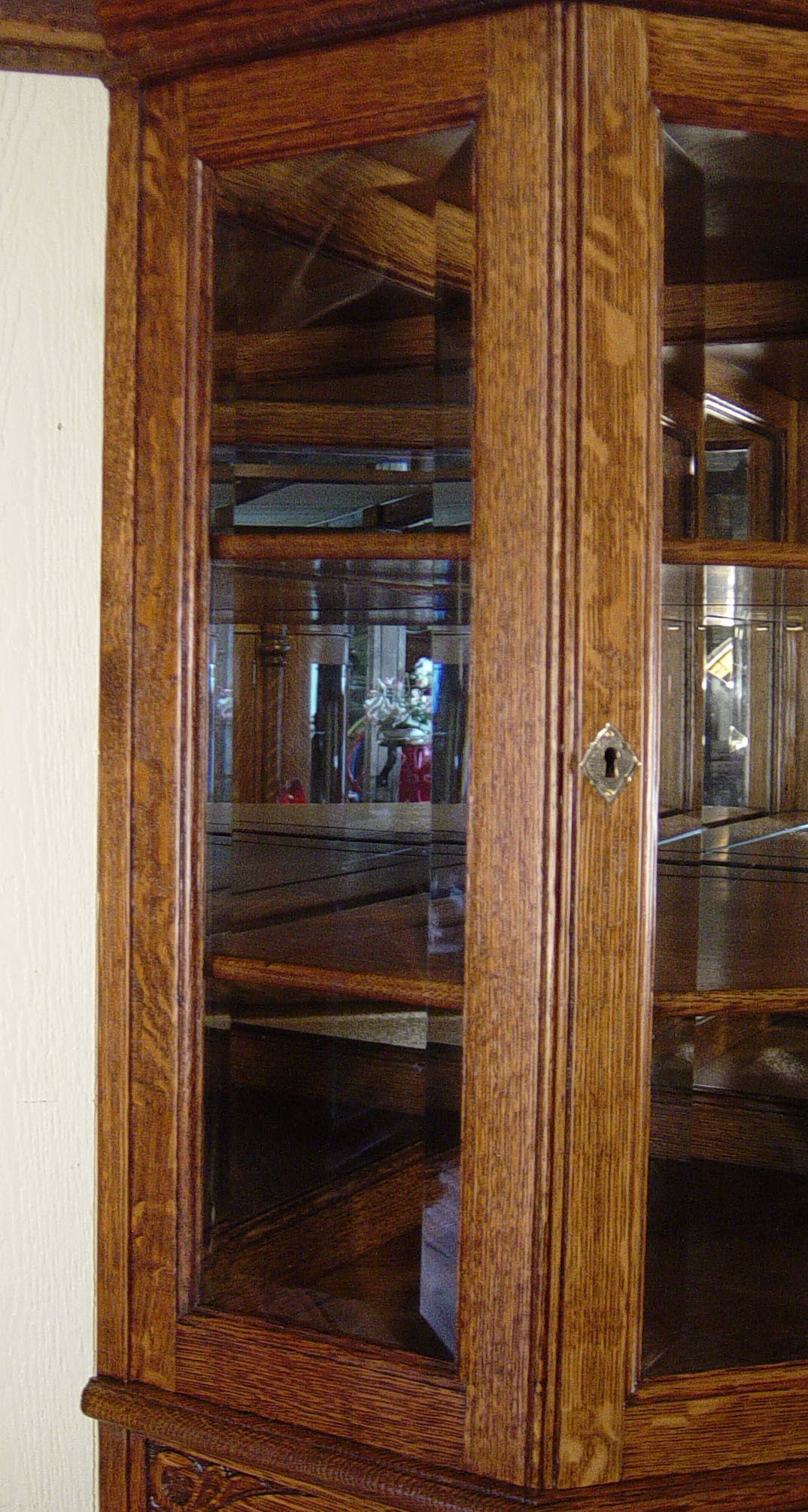 Oak Beveled Glass Corner China Cabinet with Oval Beveled