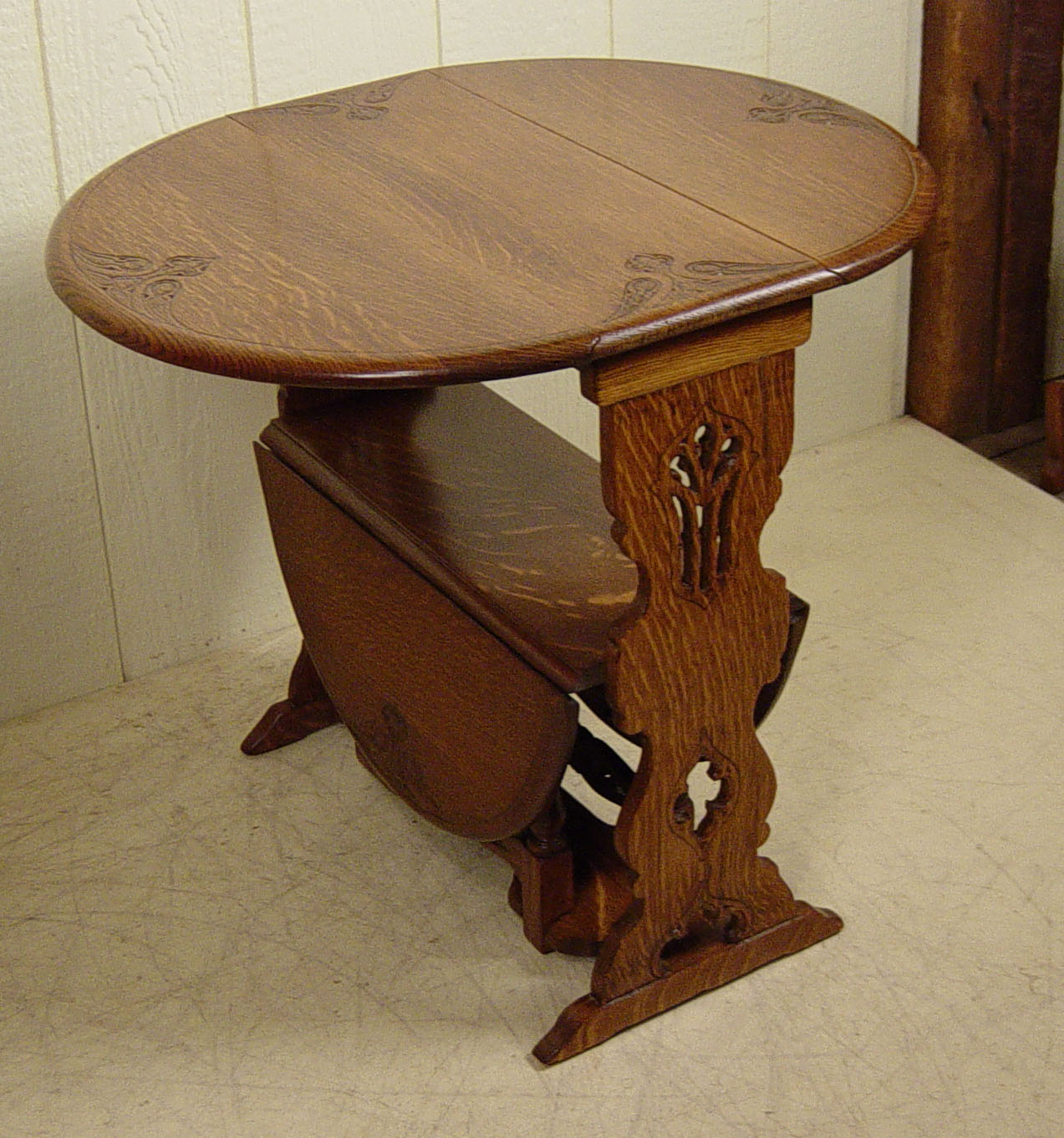 Carved Double Drop Leaf Oak Table