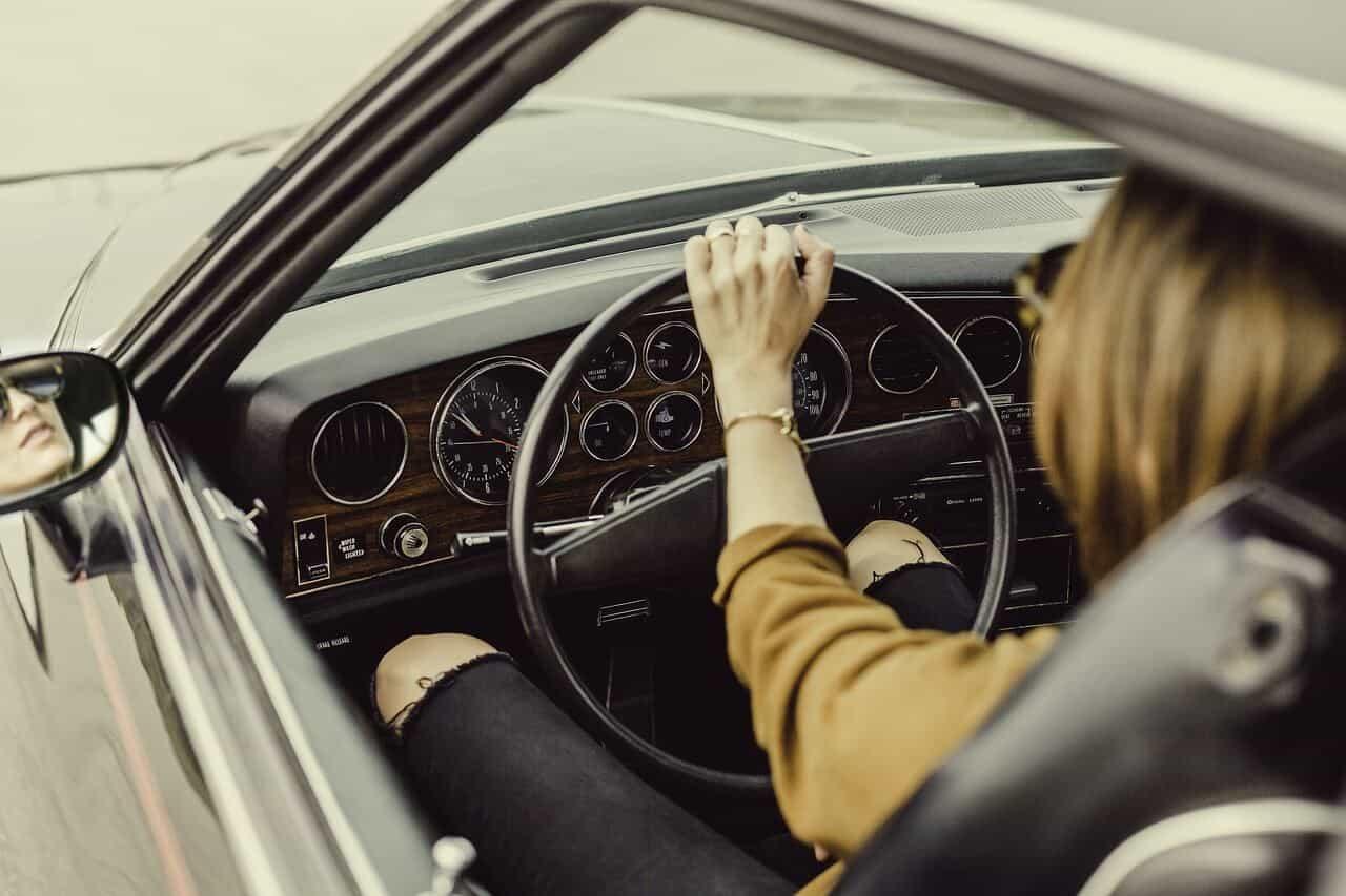 Comprar carro usado: o que deve ter em conta?