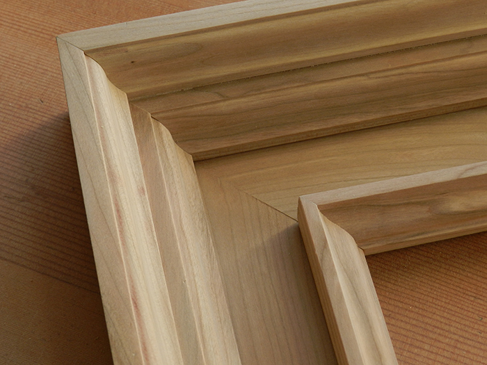 how to build a wood mirror frame