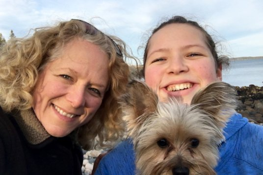 Mother/daughter selfie wtih Gidget