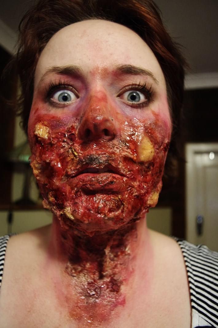 20 Creepiest Halloween Makeup Ideas  Downgraf