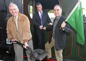 Dick Fearn (left), CEO Iarnród Éireann, with John Beaumont (centre), Train Operations Manager DCDR and Mal McGreevy, Rail Services Manager, Translink