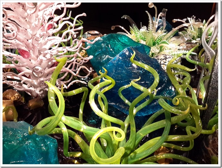 Detail - Laguna Torcello (2012) is part of Chihuly's Mille Fiori series_Chihuly at the ROM 2016 @DownshiftingPRO