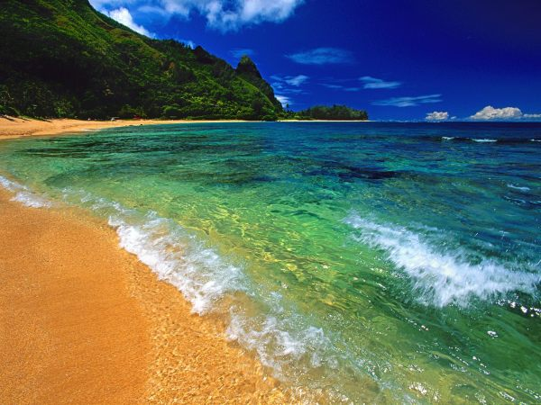 Tunnels Beach Kauai Hawaii