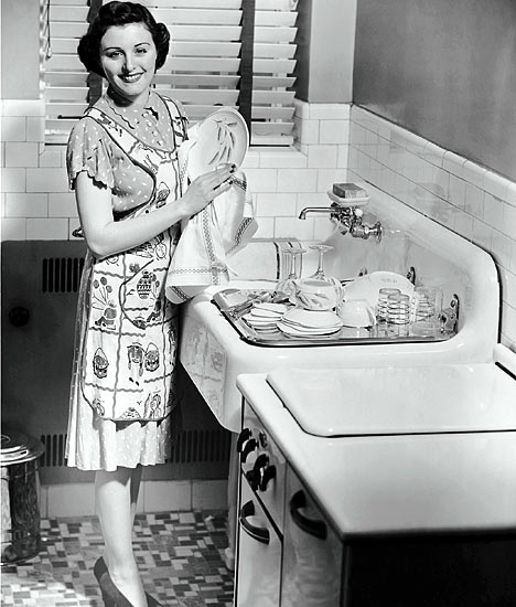 1950s-housewife.jpg