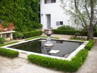 Small Backyard Water Features