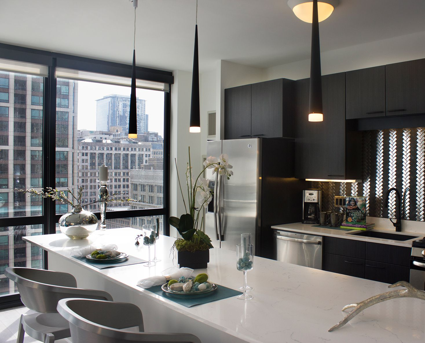 Chicago Luxury Apartments for Rent  Chicago Rental Company