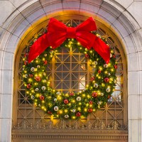 Large Outdoor Commercial Christmas Wreaths - Downtown ...
