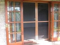 Fly Screens Brisbane | Retractable Insect Screen Doors