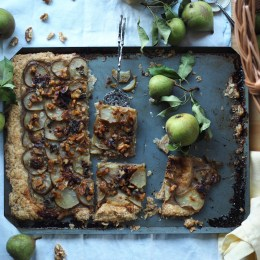 Rustic Pear Tart with local honey, blue cheese, walnuts and a whole wheat or spelt puff pastry (Pæreterte)