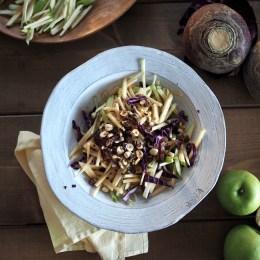 Rutabaga Salad with Apples (Kålrabi Salat med Epler)